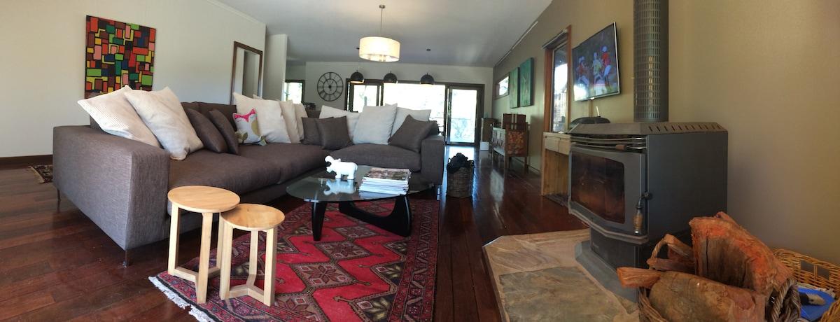Spacious Home. Walk to everything