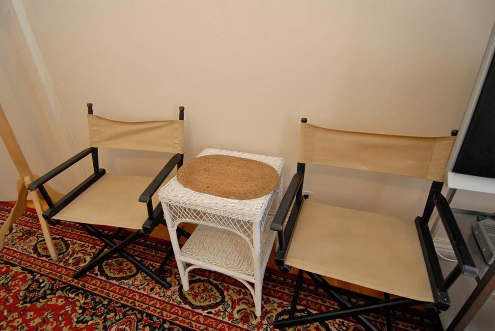 seating large b/room
