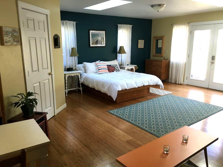 Moonstone Heights Master Suite - Trinidad - Ház
