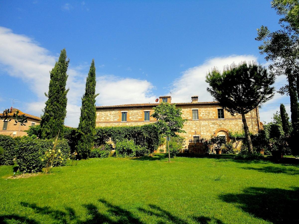 Capanneto, Casale con Piscina Siena