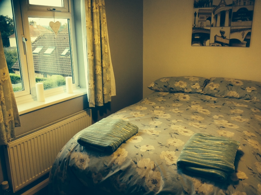 Sunny double room with free parking