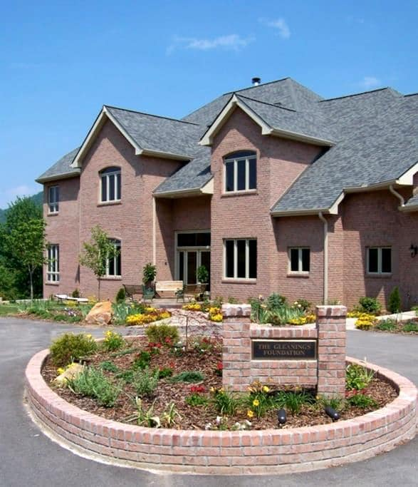 Private Luxury Suite #2 in Large Mt. View Home - Robbinsville - Hus