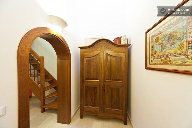 The entrance with common area - L'ingresso, con la zona comune