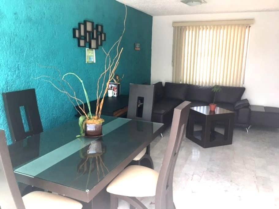 Private Room nearby Plaza del Sol & Expo GDL - Zapopan - Apartment