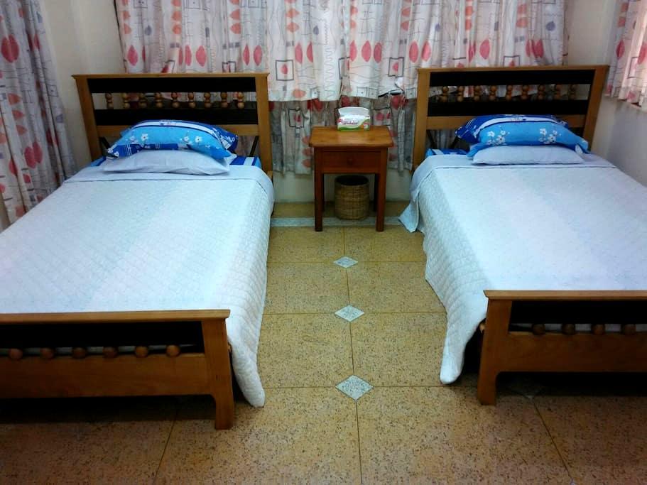 Homestay guest room - Mandalay - Ház