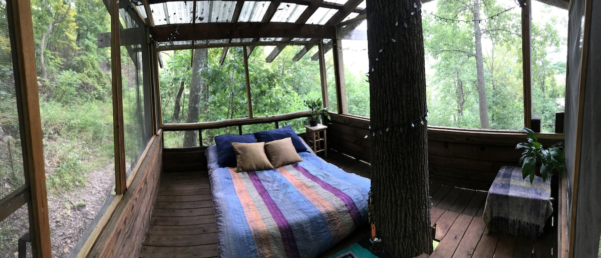 Tree House in the Hudson Valley - Treehouses for Rent in New H&ton New York United States & Tree House in the Hudson Valley - Treehouses for Rent in New ...