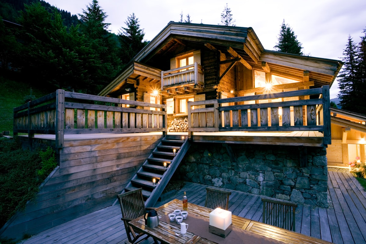 Stunning 6 bedroom Chalet