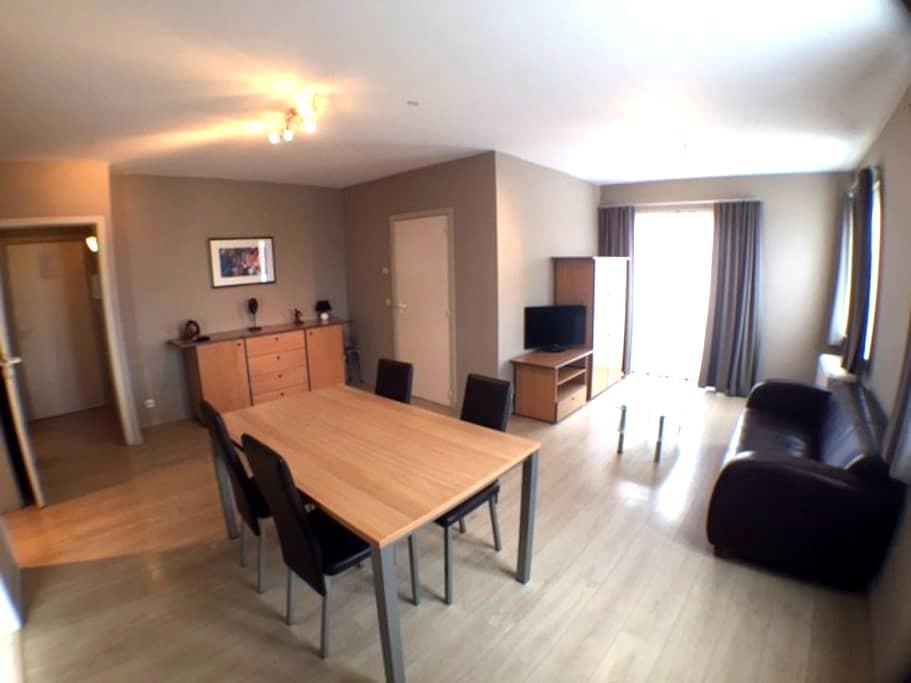 Clean Room in Evere-close to BRU AirPort-Zaventem - Evere - Huoneisto