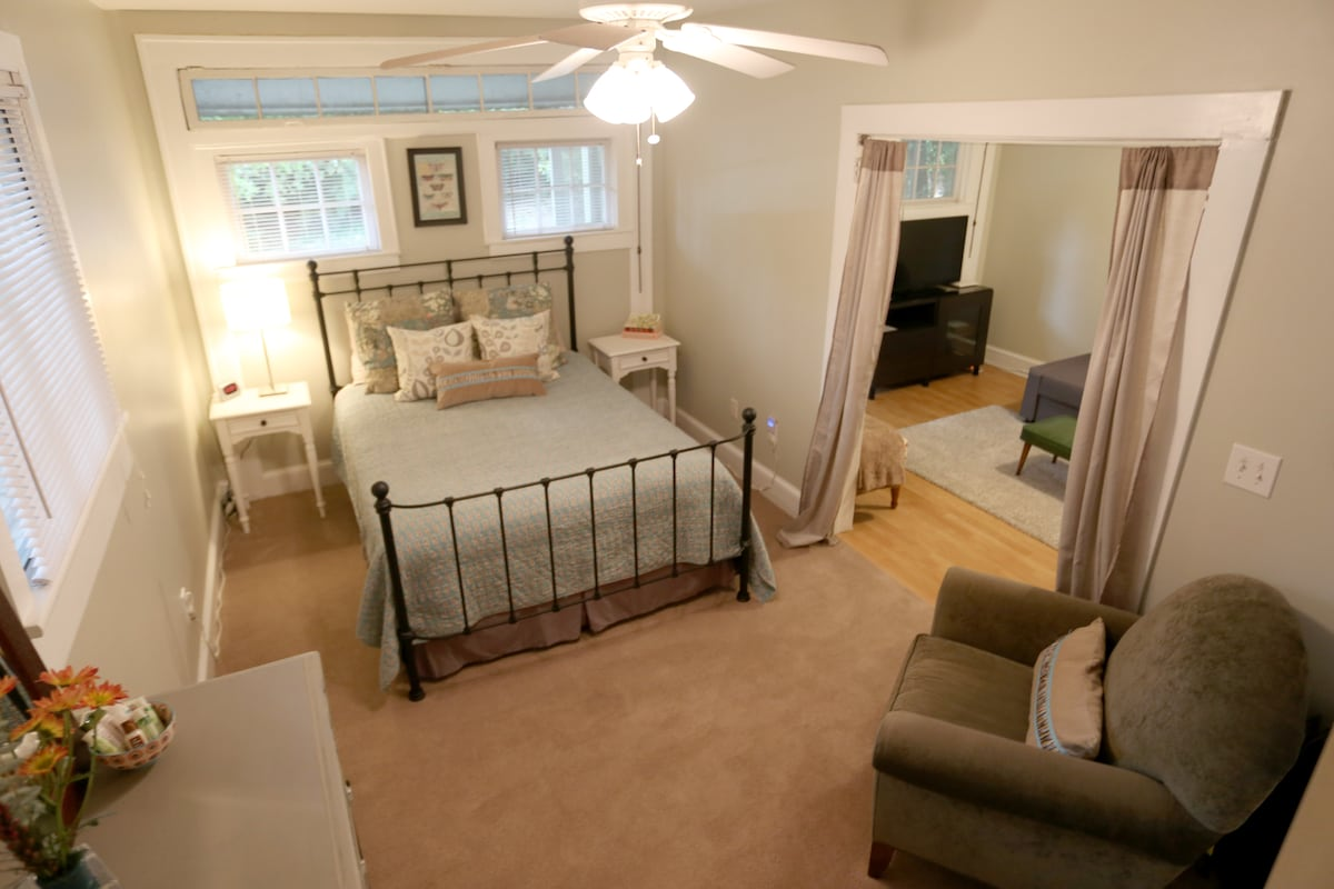 Queen Bed and bedroom.