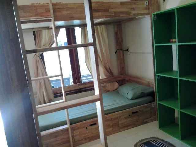 BUNK-BEDS Mbok Limbok 1 ROOM/WIFI