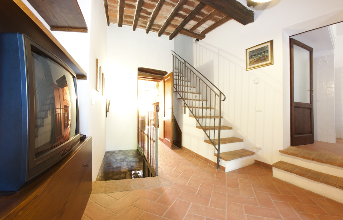 CHARMING TRASIMENO LAKE VILLA 2