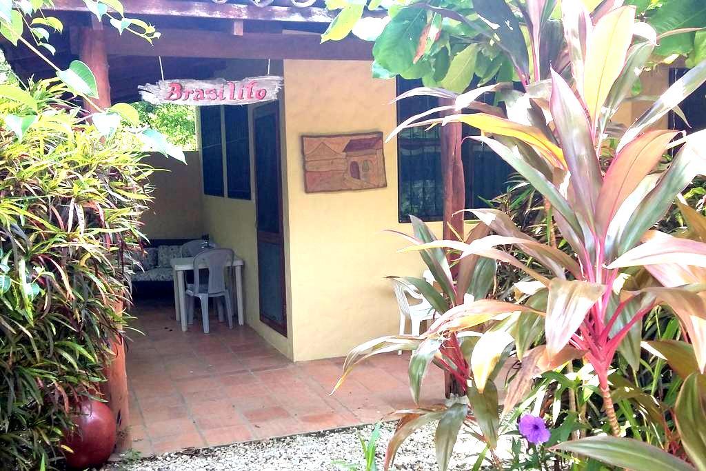 A charming casita, Papagayo Village - Playa Hermosa - Villa