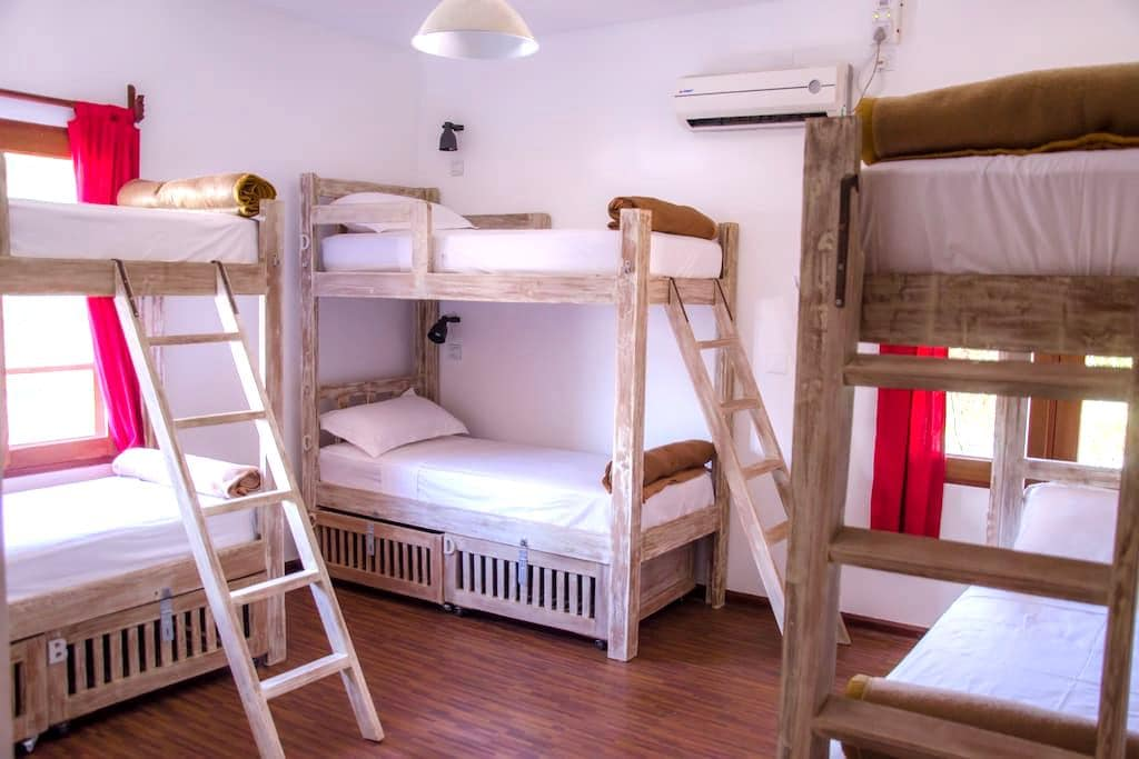 Bed in 6-bed Mixed Dorm - New Bagan - Bed & Breakfast
