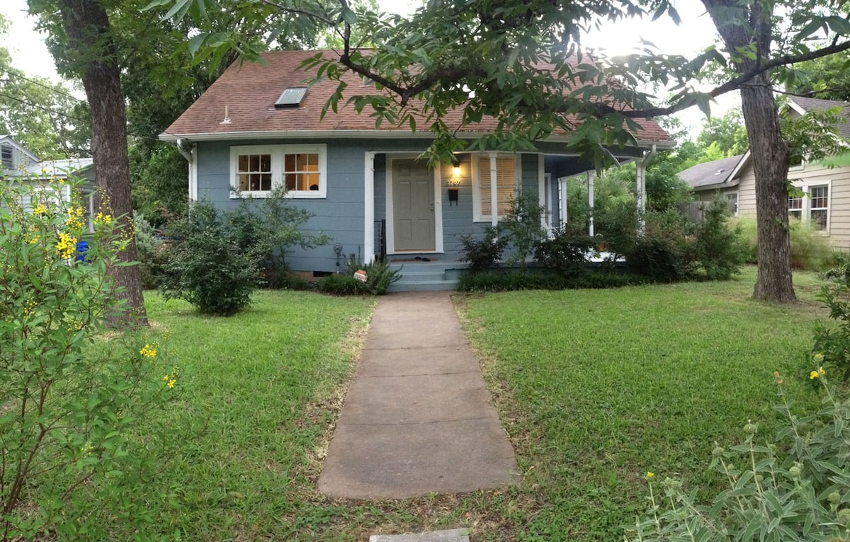 2BR House in Upper Boggy Creek