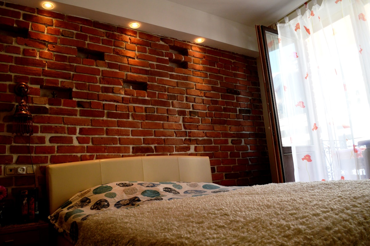 RedBrick old town appartment.