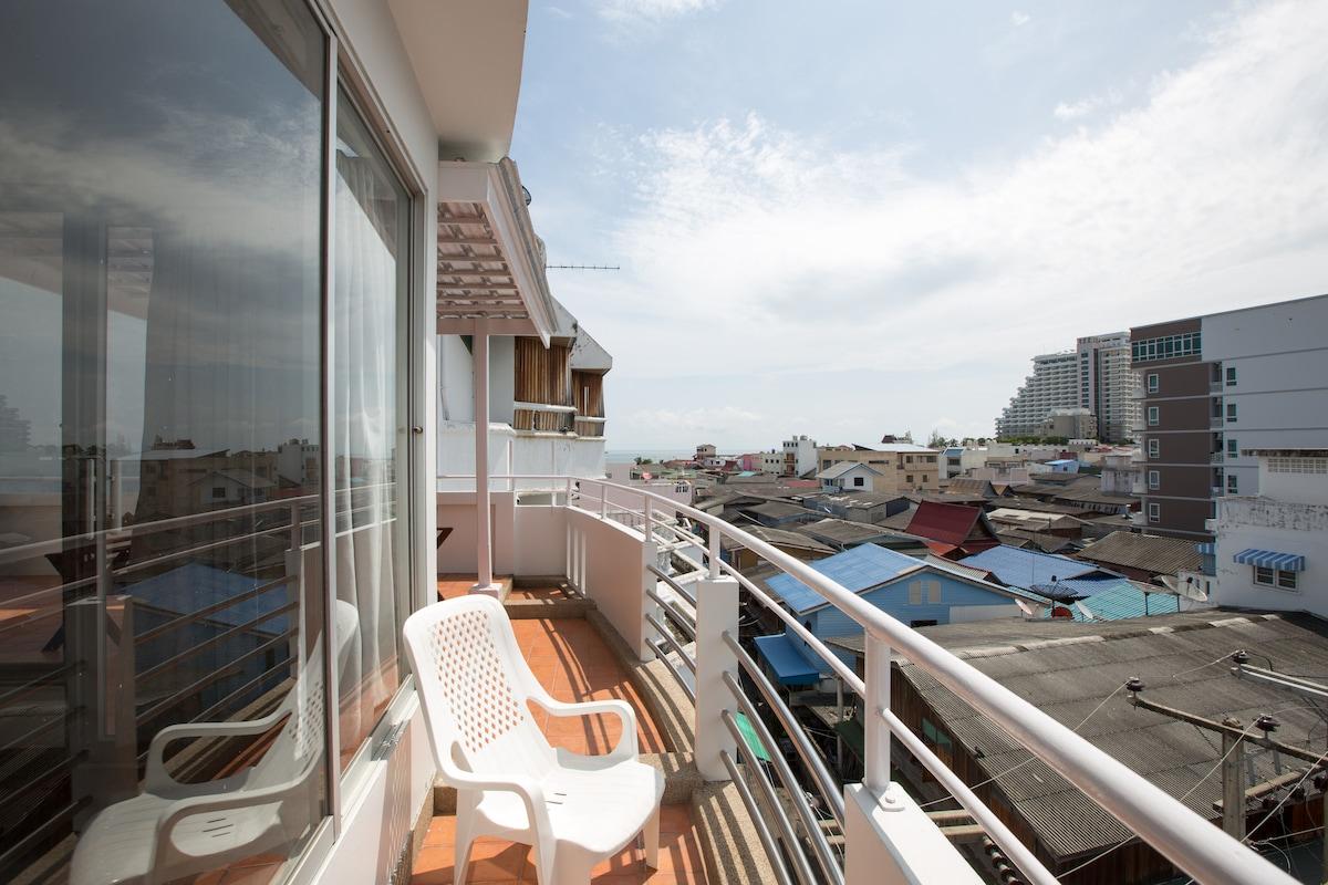 Sea brezze@Rooftop Wifi City Centre