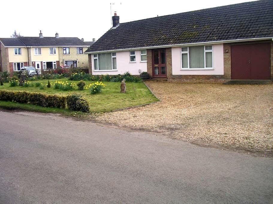 Norfolk/Cambs border - West Walton, Wisbech - West Walton