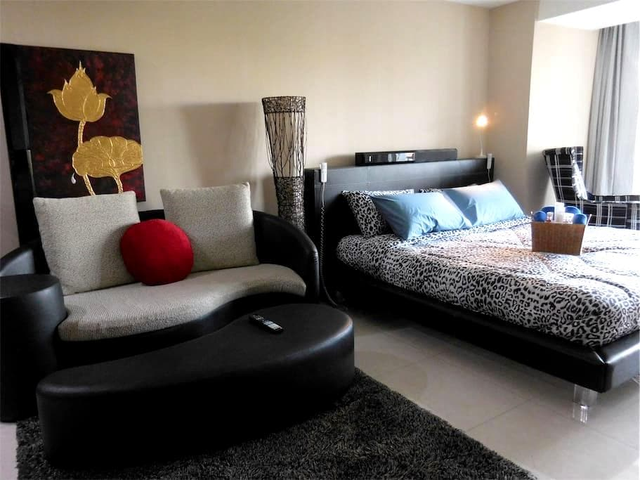 HS714 Classy studio with pool - Amphoe Mueang Chiang Mai - Apartment