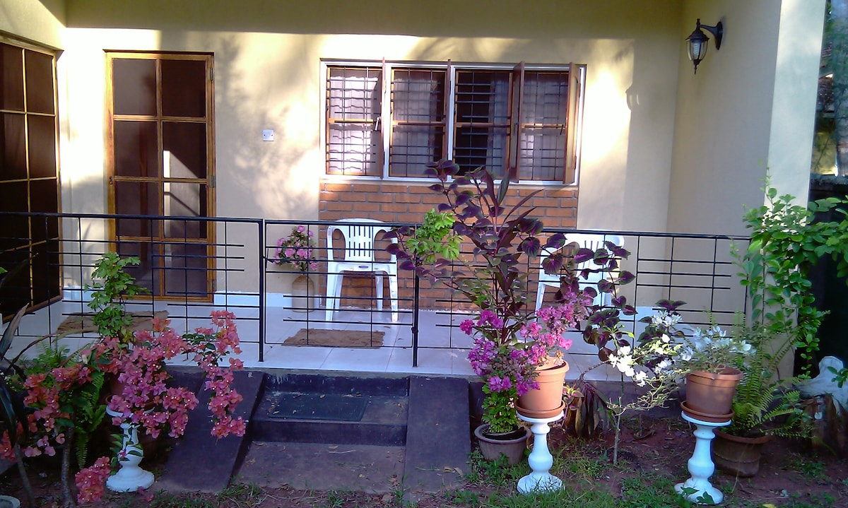 Fully furnished A/C Apt with 2rooms