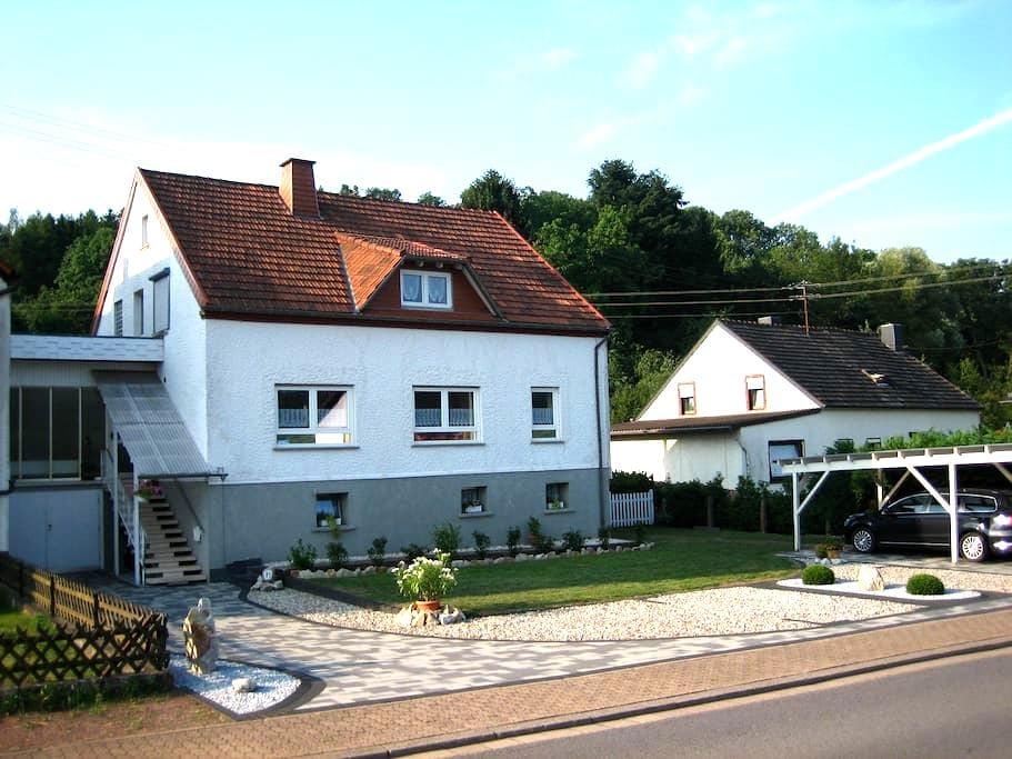 Schöne Ferienwohnung Nähe Bostalsee - Nonnweiler - Apartment