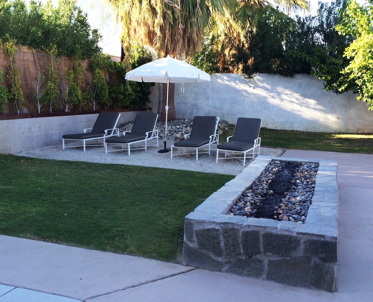 Beach area with 6 foot fire pit.