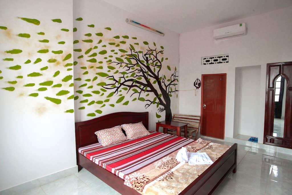 VIP Beautiful, clean, and art rooms - tp. Nha Trang