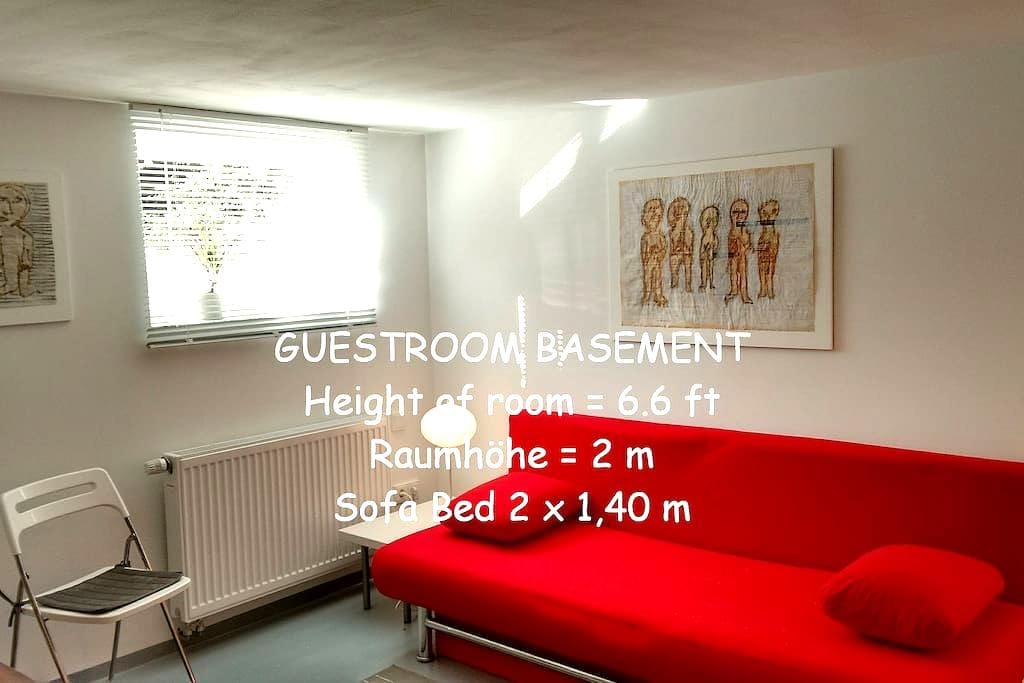 Gästezimmer Souterrain / Guestroom Basement - Bremen - Haus