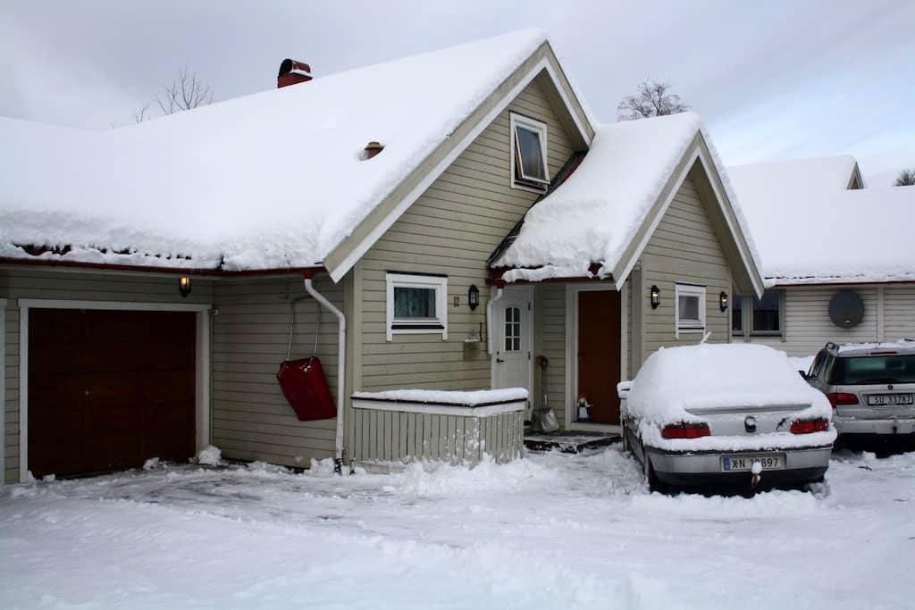 Nice house at Heimdal, parking. - Trondheim - Rumah