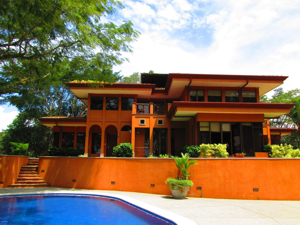 LAS LOMAS CONDO FROM NATIVA RESORT