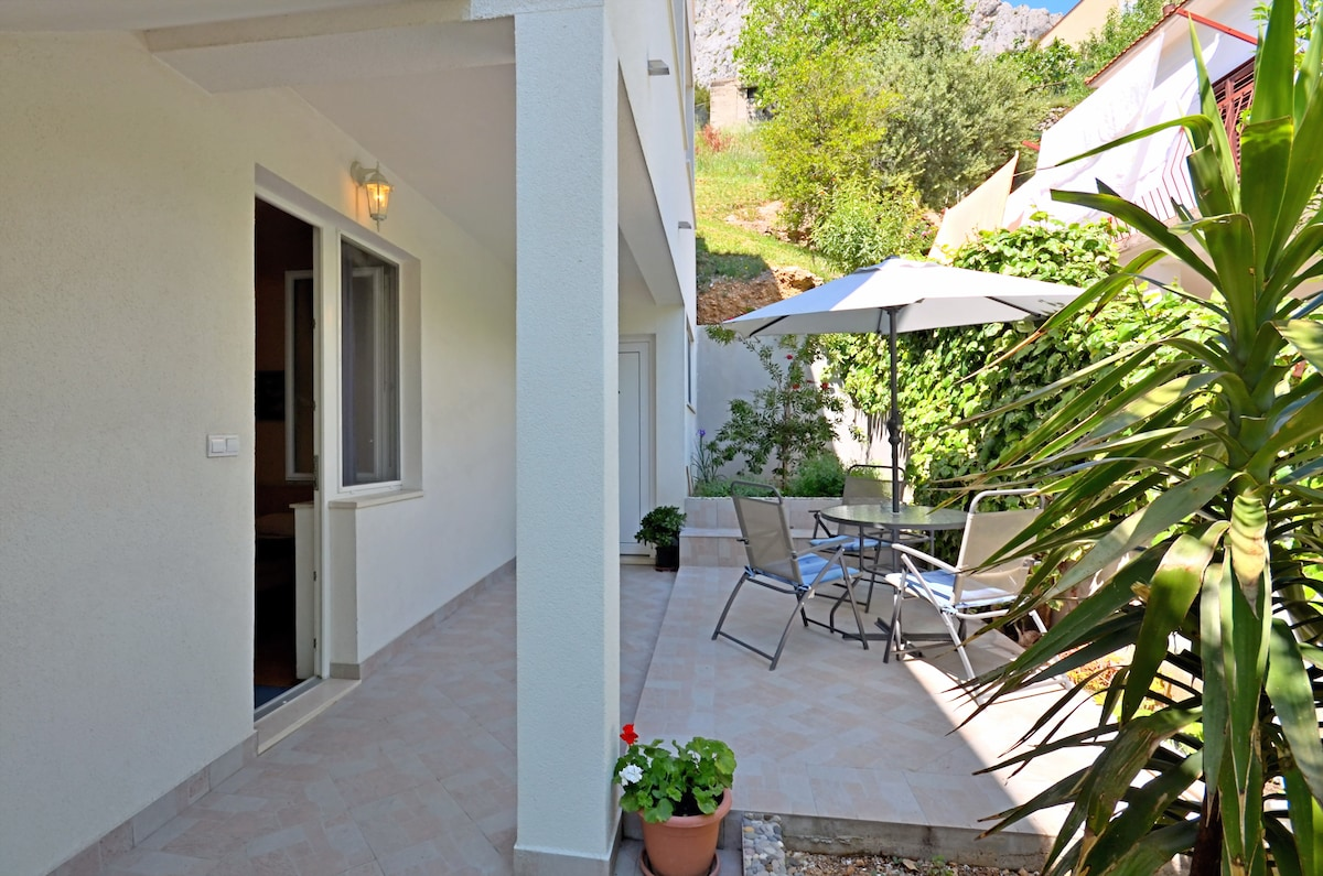 Private outdoor terace where you can enjoy your diner or breakfast