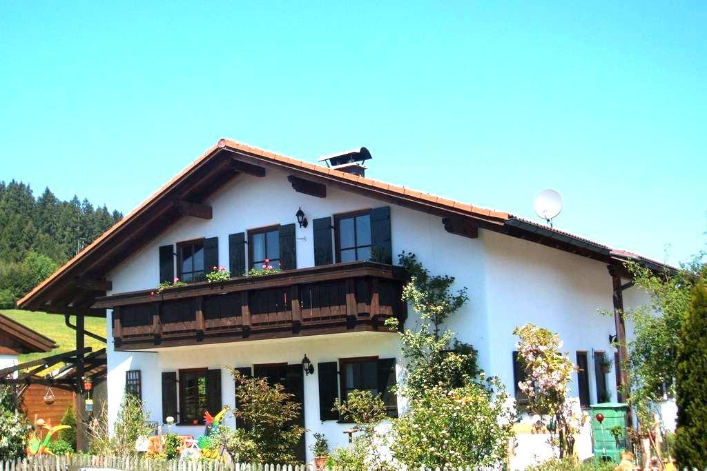 Haus Balzarek, ebenerdg. Fe-Wo, 2 P - Lechbruck