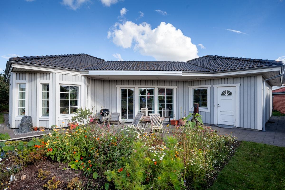 Modern 165 sqm wooden house