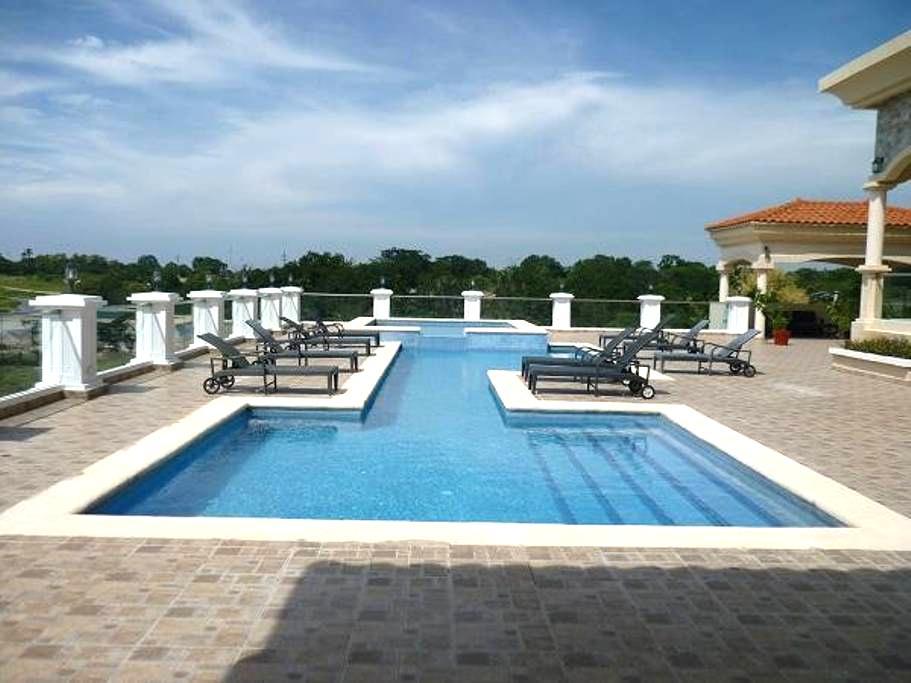 Las Olas Resort - San Carlos District - Kondominium