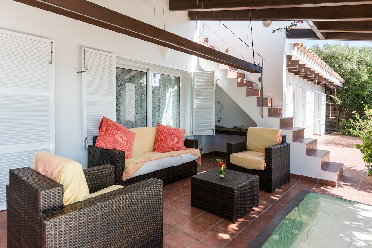 Terrace, living area, access to roof terrace