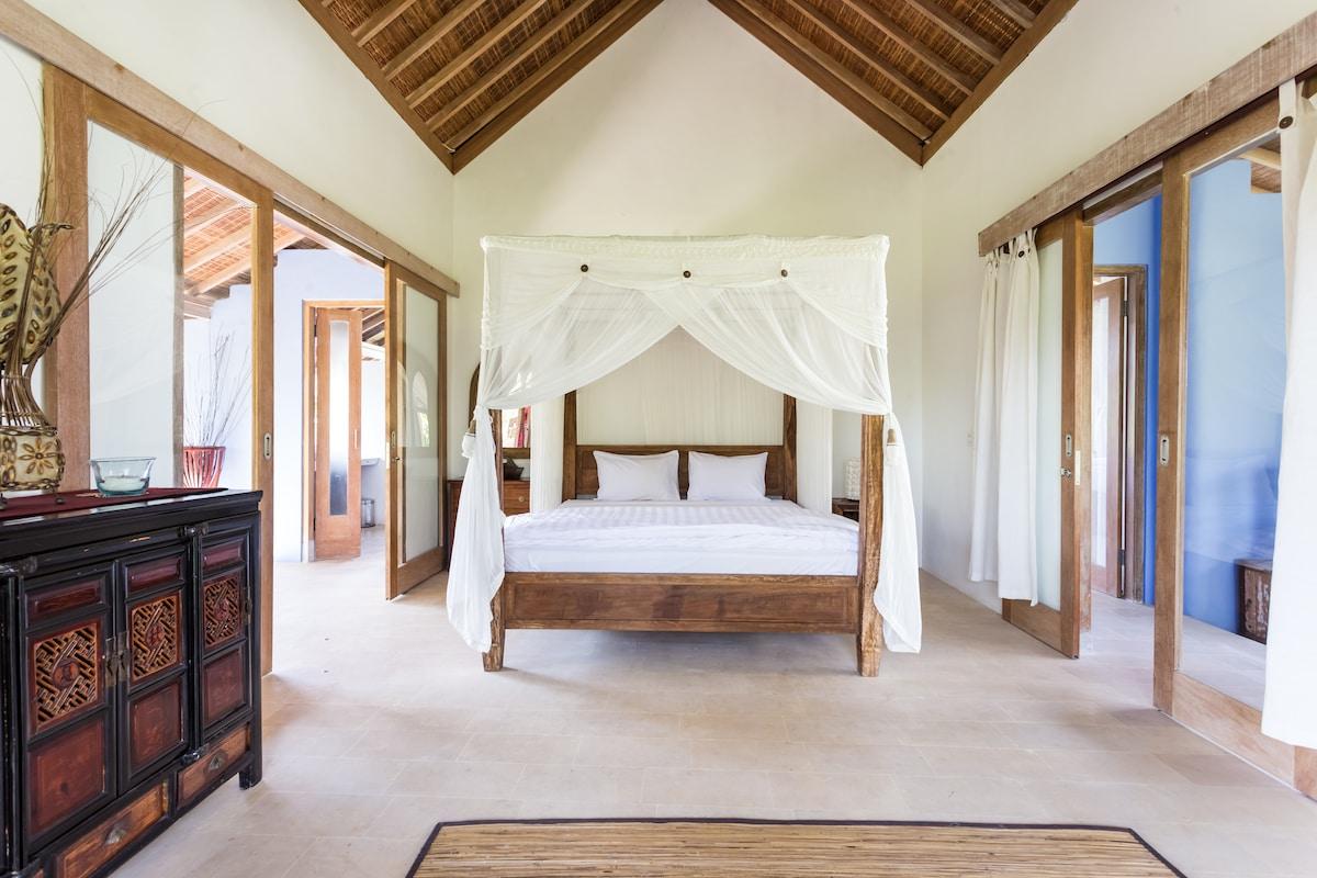 Blue House-Master Suite, Ubud, Bali