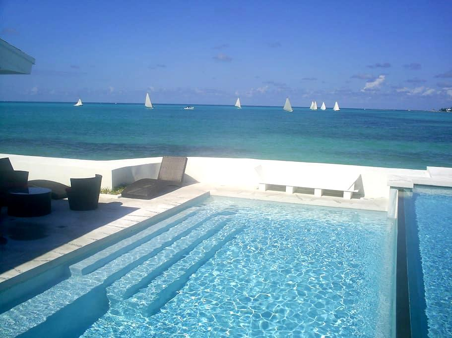 IDEALLY LOCATED VILLA BY THE BEACH - Nassau - Talo