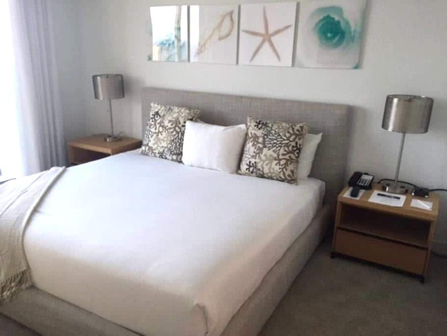 Fabulous New 1 Bdr at BeachWalk Resort - Hallandale Beach
