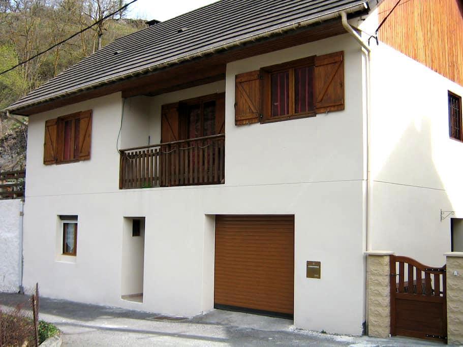 T2 au R de Ch maison individuelle - CIER DE LUCHON - Apartment