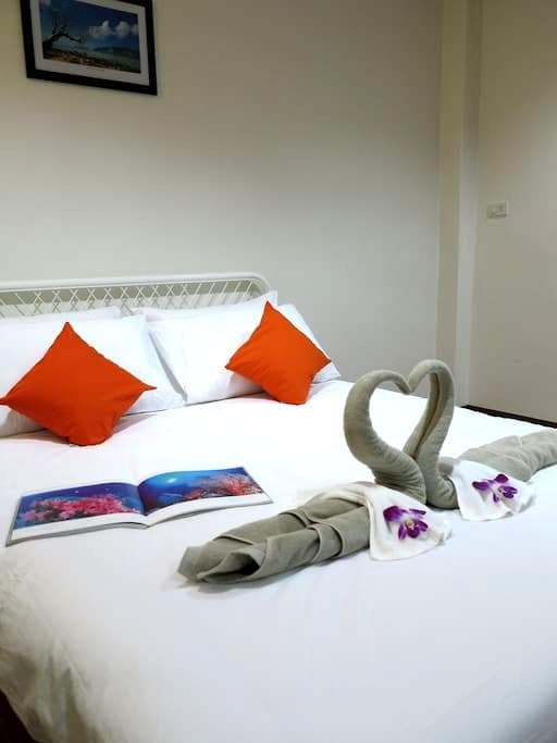 Pro Chill Krabi Guesthouse - Tambon Pak Nam - Hostel