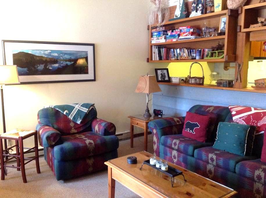 Cozy Condo Retreat w Mountain Views - Wilson - Osakehuoneisto