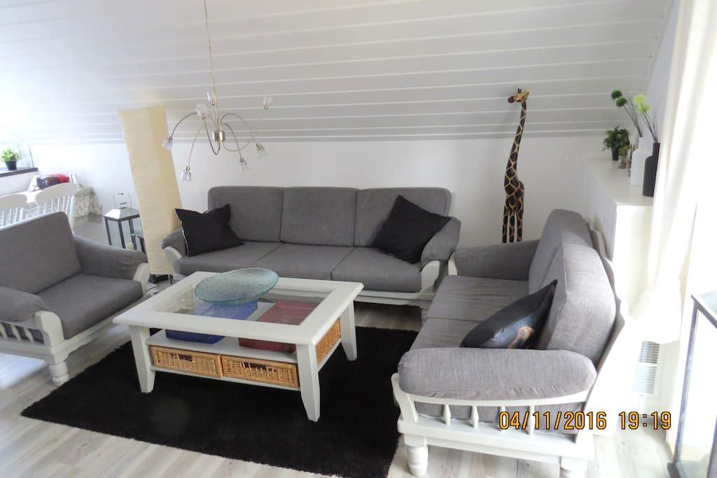 Frisch renovierte Ferienwohnung - 3 Schlafzimmer - Willich - Byt