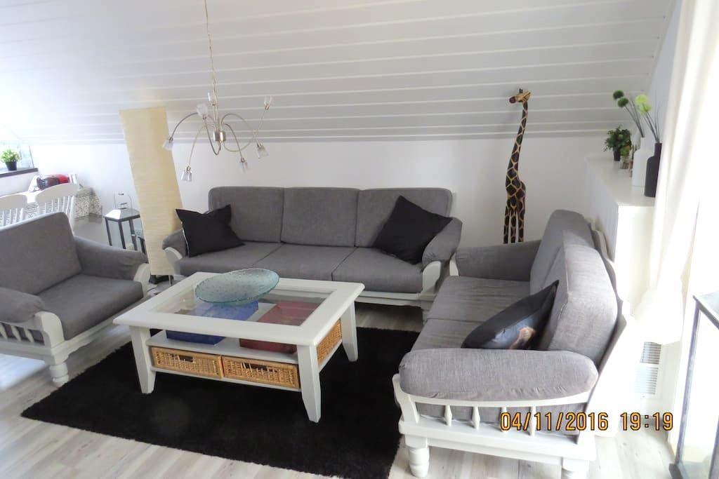 Frisch renovierte Ferienwohnung - 3 Schlafzimmer - Willich - อพาร์ทเมนท์