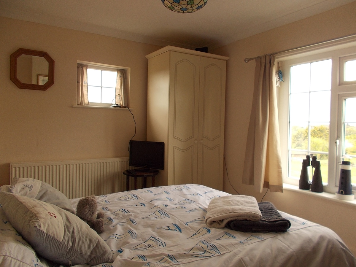 Double Bedroom, Cottage, Sea Views