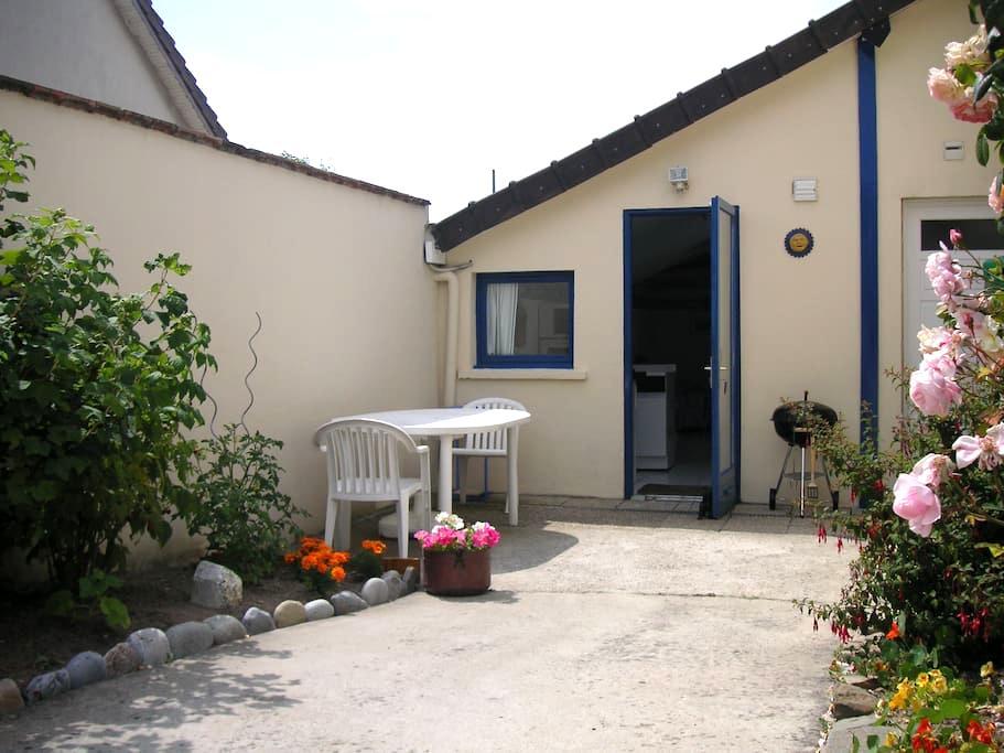 Studio indépendant proche de la mer - Ouistreham - Aamiaismajoitus