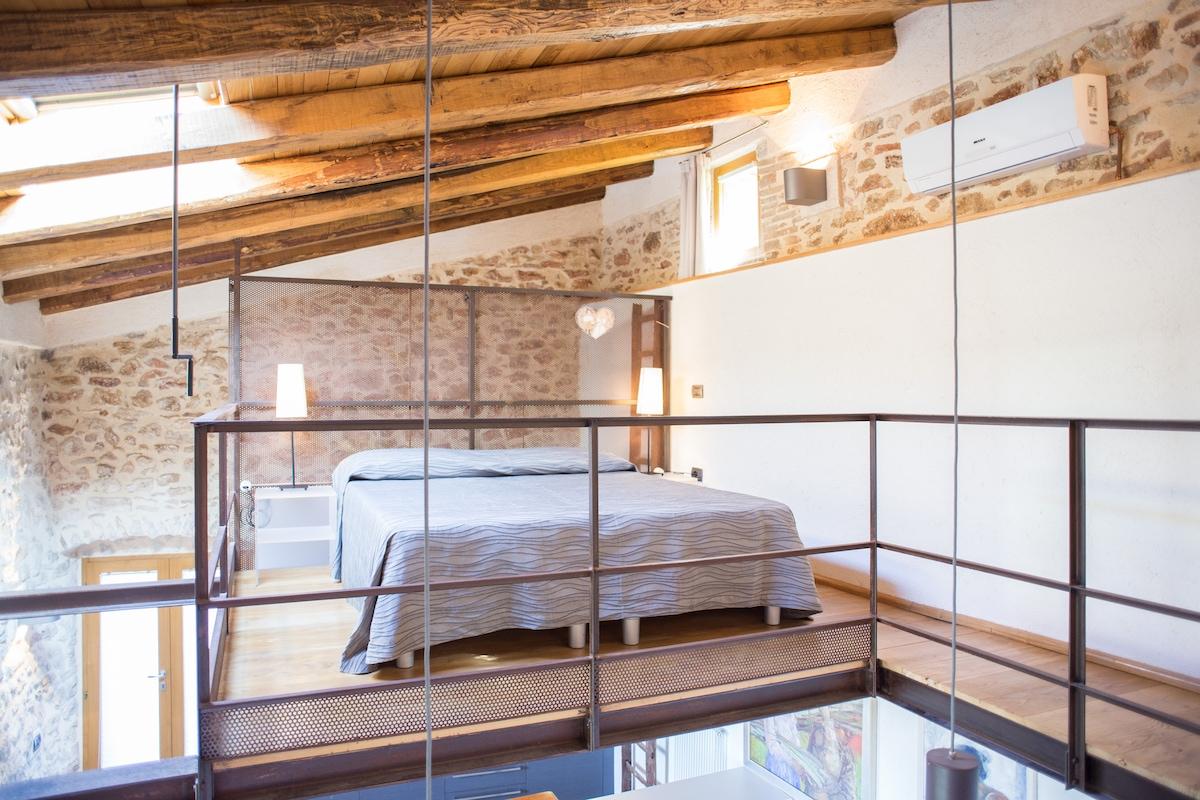 Letto su soppalco 1 - Bed on the loft 1