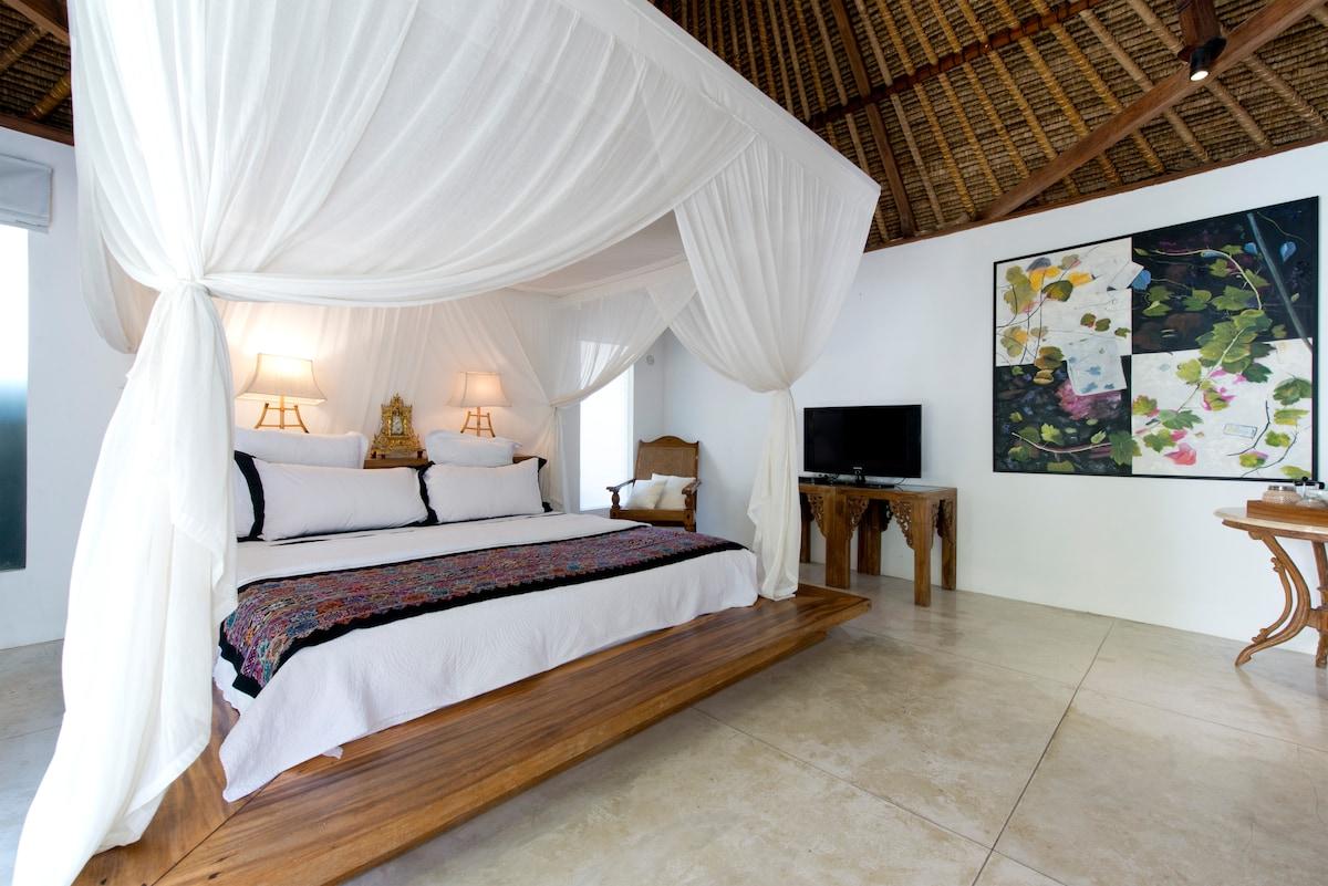 2 Bed villa Seminyak near beach