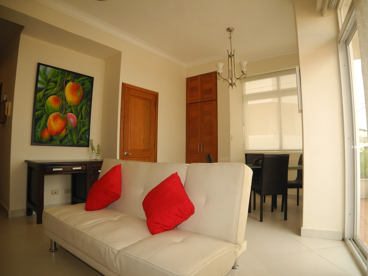 APT in best location of Old Town