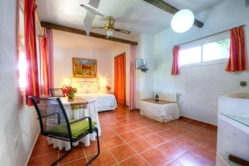 Studio to rent in Conil (Roche) in quite area - Roche