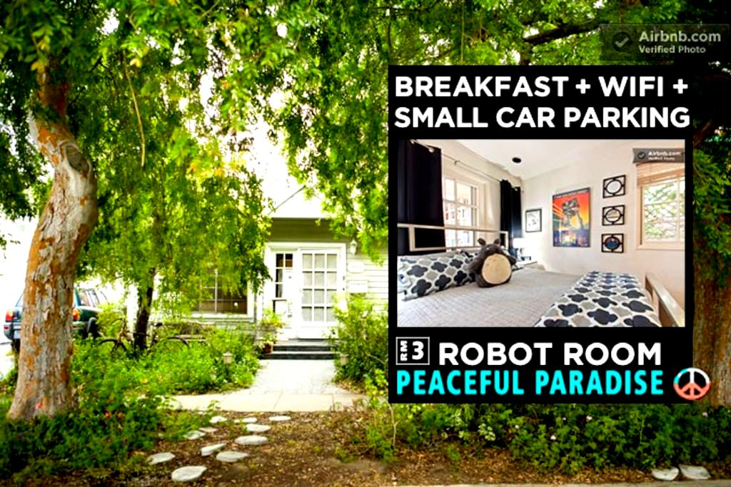 WALK to BEACH-10mins! FREE-BREAKFAST+Prk+WiFi-RM3 - เวนิซ - ที่พักพร้อมอาหารเช้า