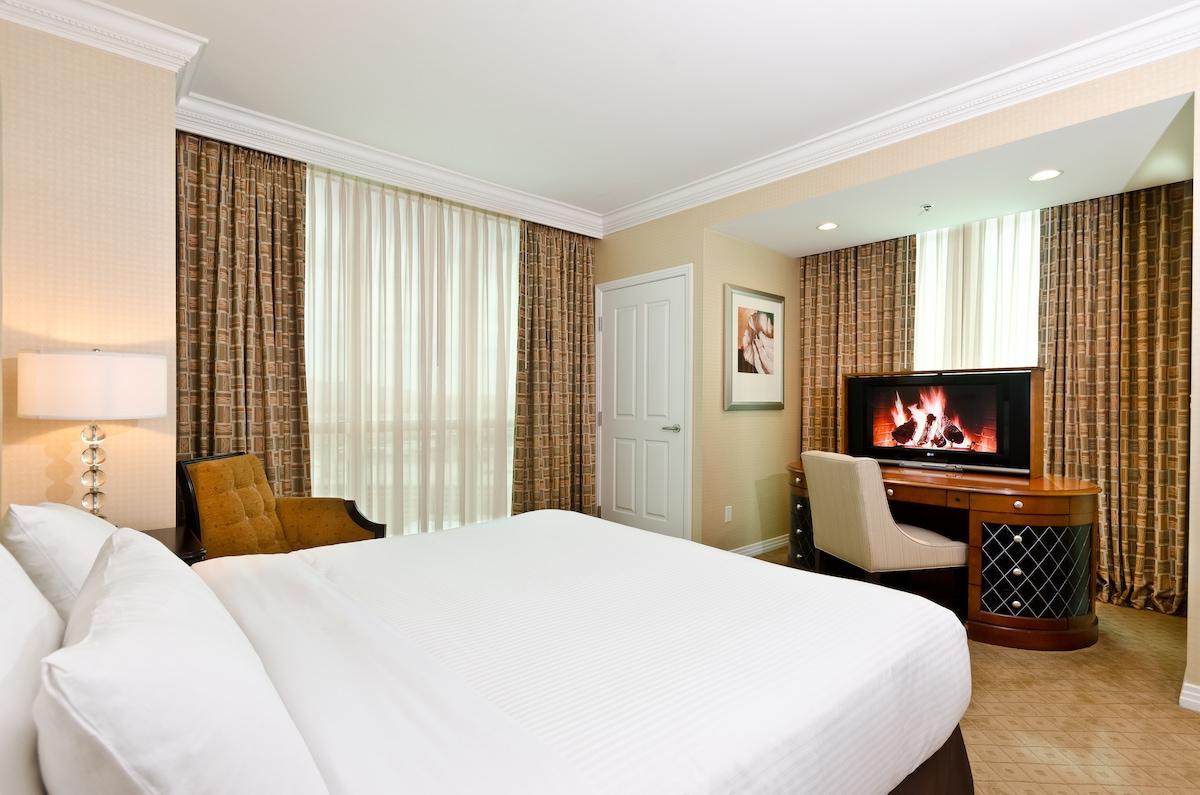 Polo Towers One Bedroom Suite 2 Bedroom Suites Las Vegas Strip Our Spacious Two Bedroom Suites